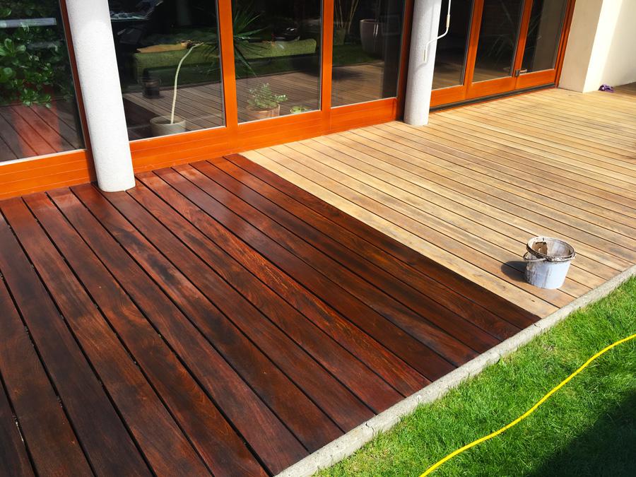 Proces renovácie exteriérovej terasy od výbrusu až po náter.