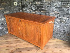 Interiérové doplnky na mieru - Renovácia drevenej komody