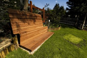 drevené doplnky - drevená lavička vytvorená na mieru