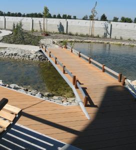 Exteriérové doplnky na mieru - drevený mostík.