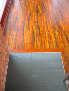 Široká kolekcia podlahových parkiet z exotického dreva